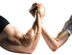 principal erro durante o treino de bíceps
